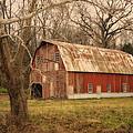 Old Barn Near Rhineland Mo Dsc09267 by Greg Kluempers