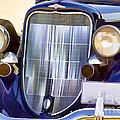 Old Blue Car by Les Palenik
