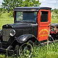 Old Chevrolet Truck by Les Palenik