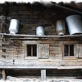 Old Farmhouse by Ha Ko