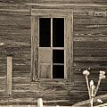 Old House 27 by Andy Savelle