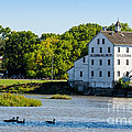 Old Mill On Grand River In Caledonia In Ontario by Les Palenik