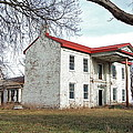 Old Missouri Mansion by Susan Wyman