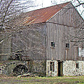 Old Pennsylvania Bank Barn by Mother Nature