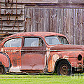 Old Rusty Car by Les Palenik