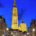 Onze-lieve-vrouwekathedraal Cathedral by Jason Langley