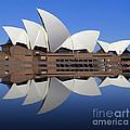 Opera House 6 by Ben Yassa