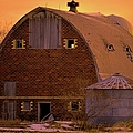Orange Sky Barn by Bonfire Photography