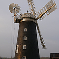 Pakenham Windmill 2 by Richard Reeve