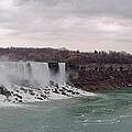 Panorama - Niagara Falls by Les Lorek