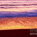 Pastel - Abstract Waves Rolling In During Sunset. by Jamie Pham