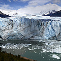 Patagonia Glaciar Perito Moreno 4 by Bob Christopher