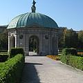 Pavilion Residence Garden - Munich by Christiane Schulze Art And Photography