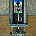 Phone by Jorge Estrada