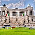 Piazza Vanizia by David Delisio