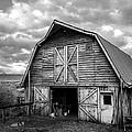 Pinedale Barn by Trish Kusal