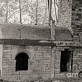 Pinewood Pottery Kiln by Russell Christie