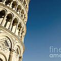 Pisa Tower by Mats Silvan
