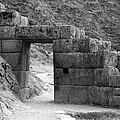 Pisac Gate by Noel Lopez