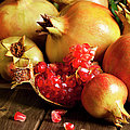 Pomegranate by Cactusoup