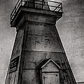 Port Dover Lighthouse by Eduardo Tavares