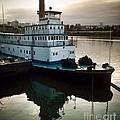 Portland Steam Sternwheeler  Tugboat by Susan Garren