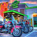 Quaker Steak And Lube Bike Night by Zane Kuhle