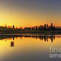 Quiet Sunrise.. by Nina Stavlund