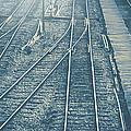 Railroad by Weerapat Wattanapichayakul