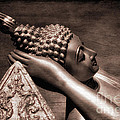 Reclining Buddha by Adrian Evans