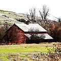 Red Barn by Steve McKinzie