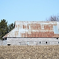 Ribbon Roof Barn by Bonfire Photography