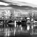 River View In New Hope by John Rizzuto