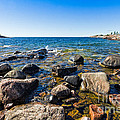 Rocky Cove At Lake Superior North Shore by Les Palenik