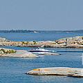 Rocky Islands On Georgian Bay by Les Palenik