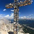Roda Di Vael Cross by Antonio Scarpi