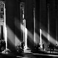 Roma - Piazza San Pietro, Citta? Del Vaticano by Artistname