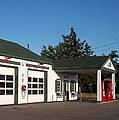 Rt 66 Gas Station 2 by Thomas Woolworth