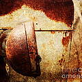 Rusty Headlamp by Pam  Holdsworth