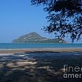 Sam Roi Yod Beach 03 by Pusita Gibbs