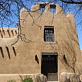 Santa Fe Adobe Home by Laurie Paci