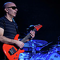 Satriani 3368 by Timothy Bischoff
