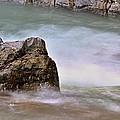 Sea Wave 3 by Zuzana Tenhue