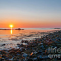Seapoint Beach In  Kittery Point Maine by Scott Thorp