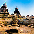 Seashore Temple by Aravind Arivalagan