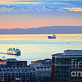 Seattle And Elliott Bay by Inge Johnsson