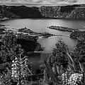 Sete Cidades Lake by Eduardo Tavares