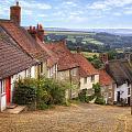 Shaftesbury - England by Joana Kruse