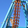 Six Flags America - Two-face Roller Coaster - 12122 by DC Photographer