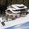Skihaus Schifer Skier Davos Parsenn Klosters by Andy Smy